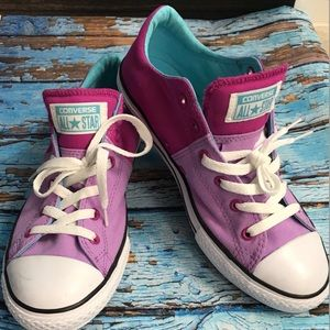 Converse Sneakers size 6 NWOB